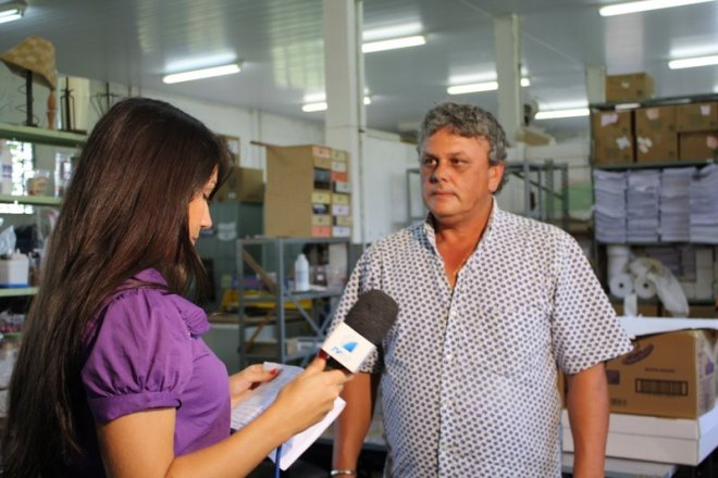Hilbelbrando, usuário da oficina de papel em entrevista